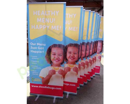 retractable_pull_up_banner_tradeshow_3
